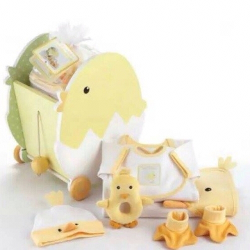 Chic Wagon Baby Gift Set Created By  Posted By Reem Favors