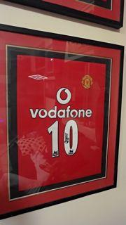 Ruud Van Nistelrooy Signed Shirt Created By ? Posted By Derek Lyon