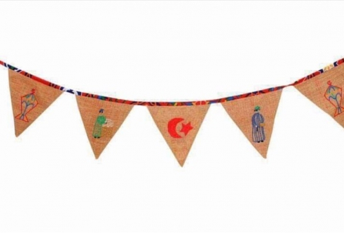 Traditional Burlap Banner Created By  Posted By Cosy Corner