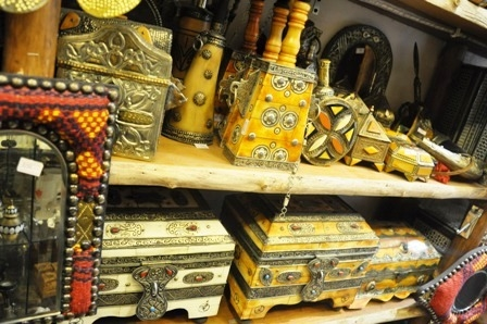 Camel Bone Art Pieces Created By Rodhat Al Fars Posted By Souvenir