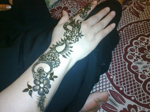 Henna Tattoo Qatar : Qatar henna designs makedes